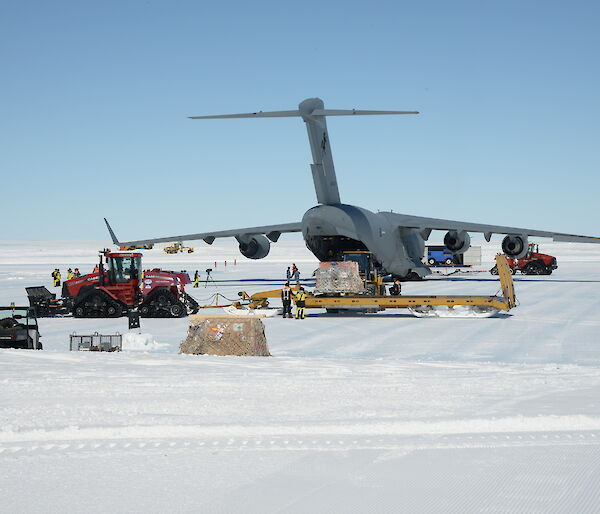 Photo of C-17A at Wilkins