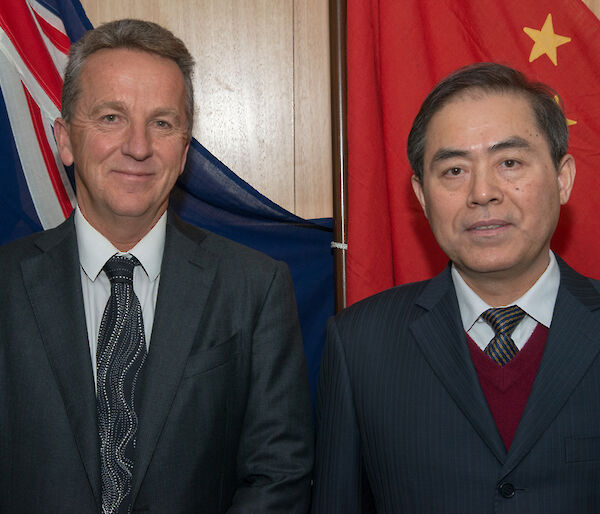 Dr Nick Gales with a Chinese representative at the joint Australia-China Committee meeting.