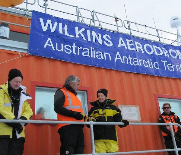 The Governor-General unveils a plaque at Wilkins ice runway