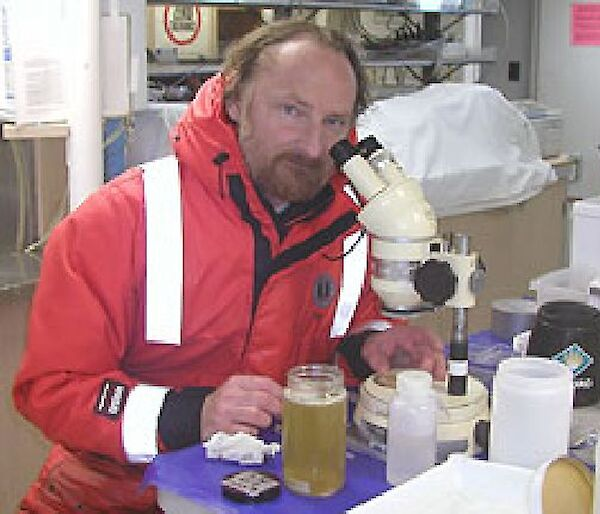 Russ Hopcroft at the microscope