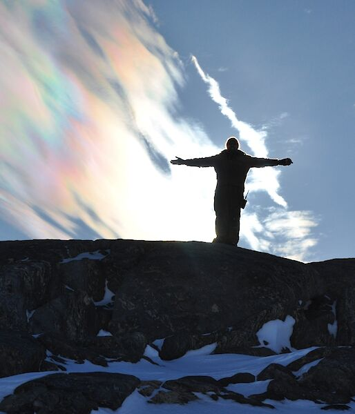 Nacreous cloud