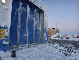A job well done! A blizz-free Mawson Station Balloon Shed.