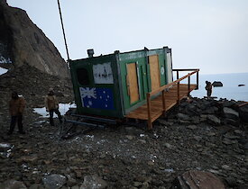Rumdoodle Hut prior to recovery work in 2019.