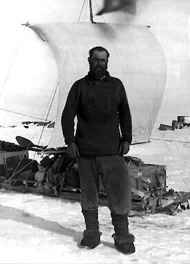 Morton Moyes, meteorologist and naval instructor